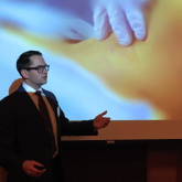 David Kubicki presents lecture on ultrasound guided anesthesia.