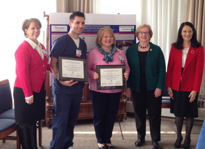From right, Penn Nursing faculty, Dr. Linda Hatfield and Dr. Linda Aiken with Pennsylvania Hospital (PAH) nurse research scholars, Frank Visco and Ann Marie Sanders, and PAH CNO Mary Del Guidice (far left)